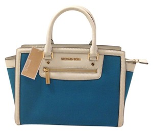 Michael Kors Blue Shoulder Bag