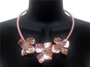 Pink Mother of Pearl Floral Accent Necklace