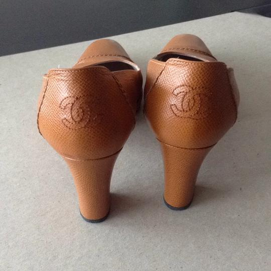 Chanel Caramel Pumps