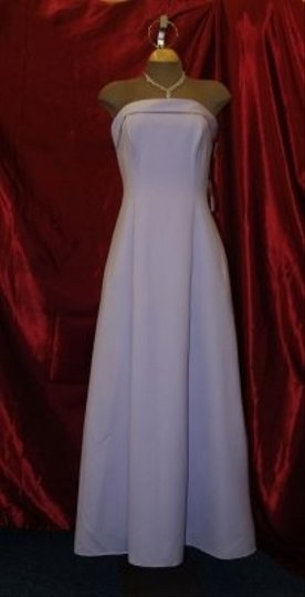 Purple Satin Strapless Lilac R10501 Feminine Bridesmaid/Mob Dress Size 10 (M)