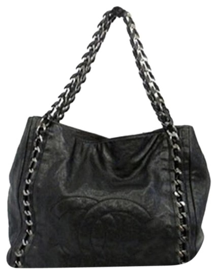 Preload https://item3.tradesy.com/images/chanel-glazed-caviar-chain-through-around-handle-ccav73-black-leather-tote-4738852-0-3.jpg?width=440&height=440