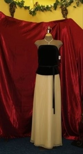 Jordan Fashions Gold & Black Velvet Chiffon Velvet/Gold #820 Formal Bridesmaid/Mob Dress Size 10 (M)
