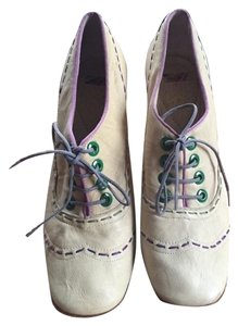 Paul Smith Leather Made In Italy Ivory Pumps