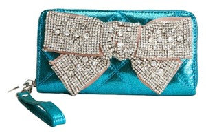 deux lux Wristlet in teal