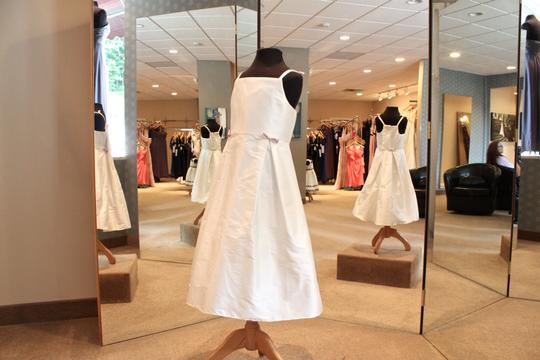 Angelina Bridal Couture Ivory 117 Formal Bridesmaid/Mob Dress Size 8 (M)