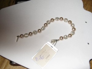 Giavan Giavan Rs077b (b26) Bracelet With Rhinestone Beads & Glass Pearls