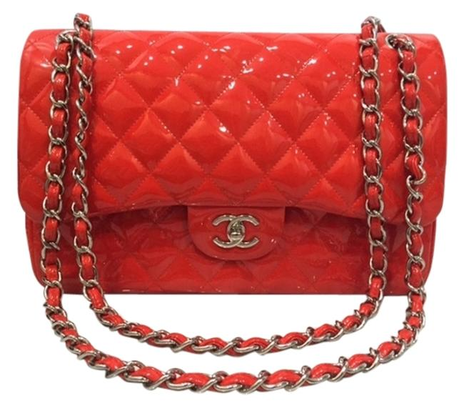 Item - Double Flap Classic Maxi Quilted Red Patent Leather Shoulder Bag