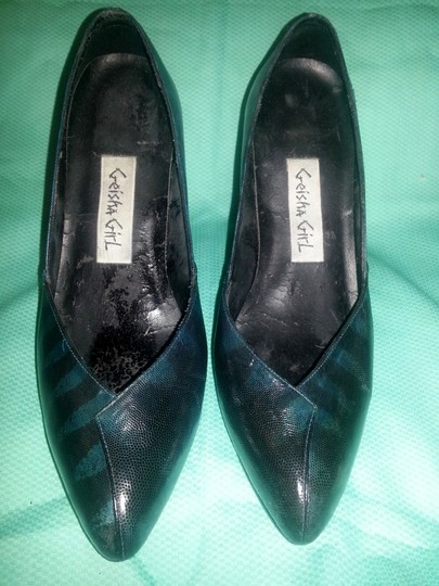 Geisha Girl Snakeskin Leather blue and black Pumps