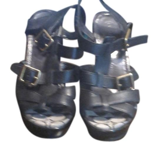 Preload https://item4.tradesy.com/images/coach-black-leather-sandals-size-us-85-regular-m-b-4743973-0-0.jpg?width=440&height=440