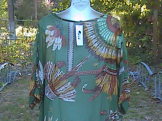 Other W/Tag Summer Chiffon Top Feathers Design