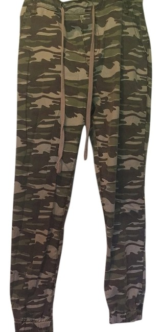 True Religion Capri/Cropped Pants Green camo
