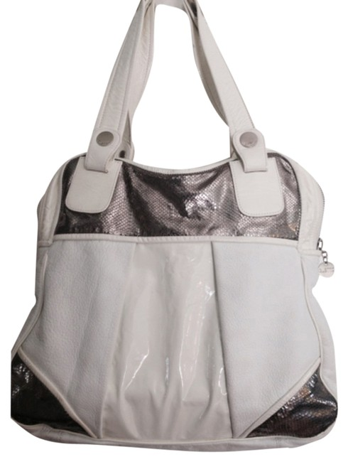 Item - White and Silver Leather Shoulder Bag
