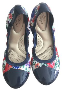 Payless Brand New No Signs Of Wear Comfortable Summer Red White And Blue Ballet Ballerinas Multi-Color Flats
