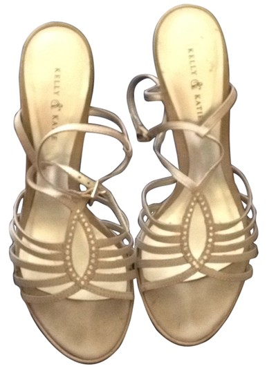Preload https://item4.tradesy.com/images/kelly-and-katie-silver-and-formal-shoes-size-us-8-regular-m-b-4746013-0-0.jpg?width=440&height=440