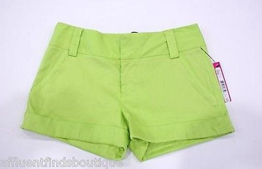 c8daf377bcd Alice + Olivia Alice Olivia Lime Chartreuse Linen Cuff Shorts Style  C211184423 delicate