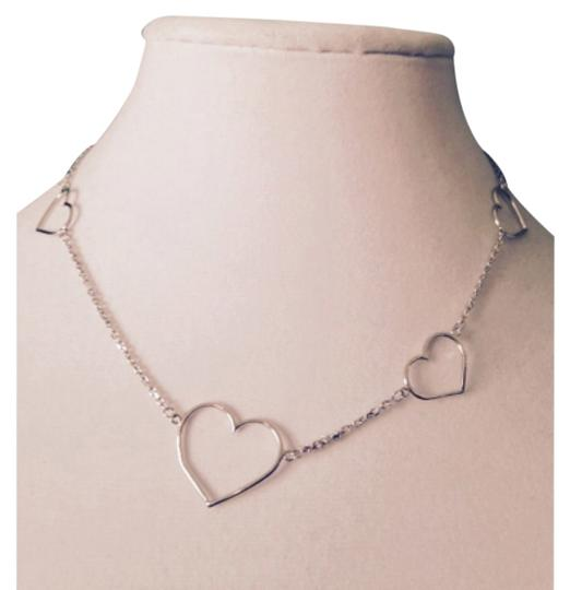 Preload https://item4.tradesy.com/images/silver-necklace-4747618-0-0.jpg?width=440&height=440