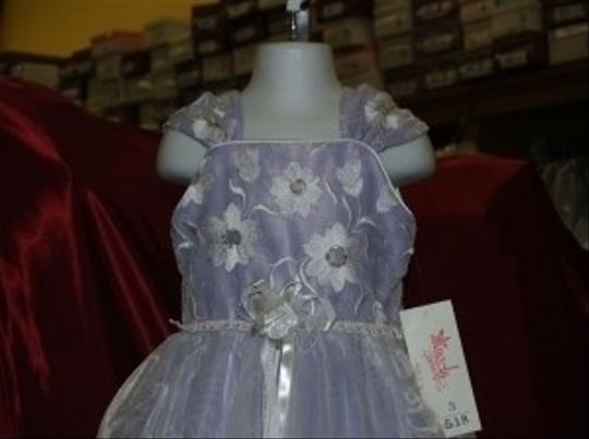 Purple Organza Flower Girl 3 Lavender/White Satin #518 Pageant Gown Feminine Dress Size 2 (XS)