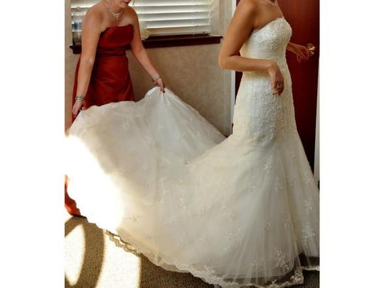Oleg Cassini Ivory Lace Cwg324 Formal Wedding Dress Size 2 (XS)