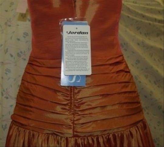 Jordan Fashions Copper Taffeta Short Iridescent Oran Modern Bridesmaid/Mob Dress Size 10 (M)