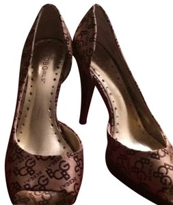 BCBG Paris Brown taupe satin finish Platforms
