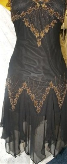 Precious Formals Black Silk Glam Gurlz Small /Gold #s5202 Modern Dress Size 6 (S)