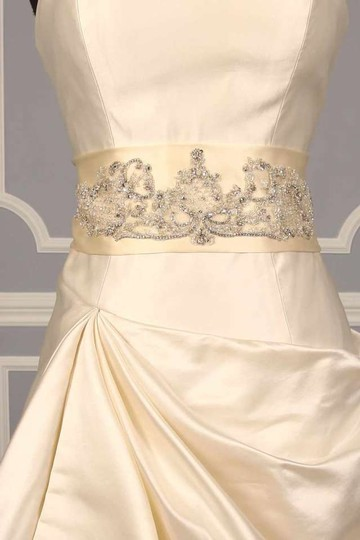 Preload https://item1.tradesy.com/images/other-your-dream-dress-exclusive-b509-cream-embellished-bridal-sash-47720-0-0.jpg?width=440&height=440