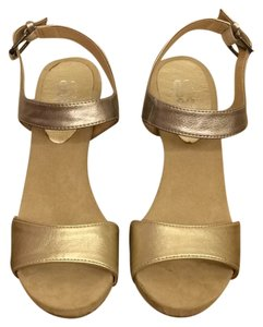 9 & Co. Silver / Gold Wedges