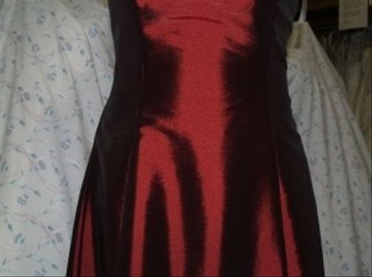 Jordan Fashions Wine Taffeta Short #429 Plus Strapless Homecoming Prom Flirty Special Occasion Wear Dress Size 14 (L)