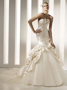 Pronovias Megan Wedding Dress