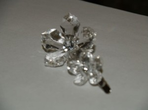 Clear/Silver Clip Rhinestones Acrylic Flowers 2 Hair Accessory