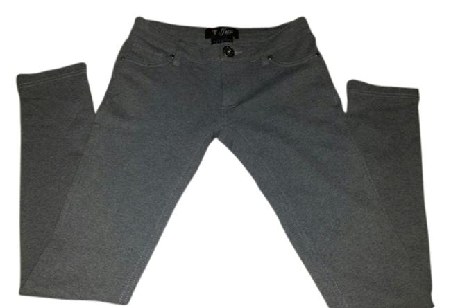 Preload https://item4.tradesy.com/images/guess-grey-skinny-pants-size-4-s-27-4783543-0-0.jpg?width=400&height=650