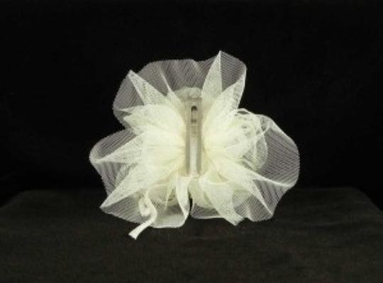Jennifer Leigh Couture Veils and Accessories Ivory with Alencon Lace Tulle & Pearls Nina Hairclip
