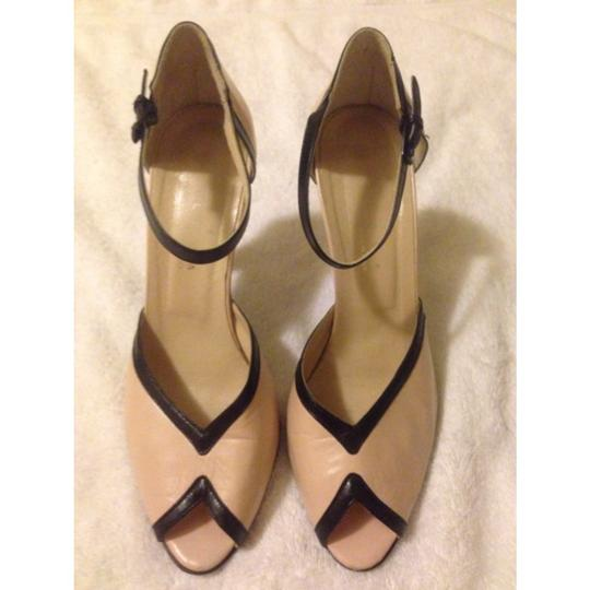 Paloma Soft pink/ black Pumps