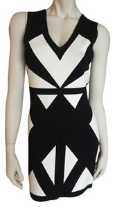BCBGMAXAZRIA Black And White Bandage Dress