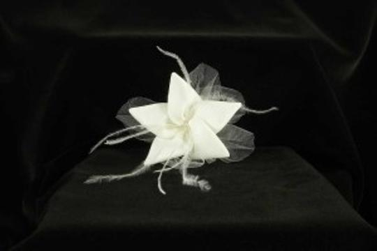 Light Ivory with Silk Mikado Feathers Tulle & Swarovski Crystal Jennifer Leigh Roxy Hairclip Hair Accessories