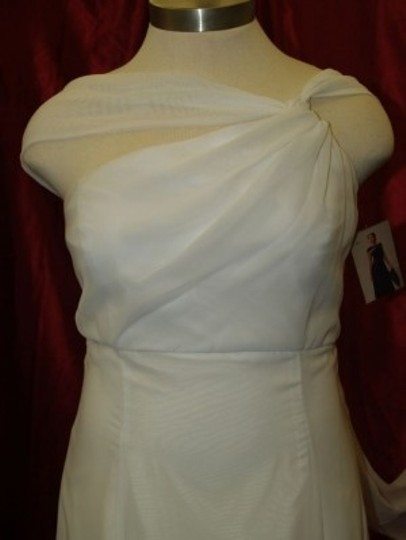 White Chiffon Long Gown #520 Destination Wedding Dress Size 14 (L)
