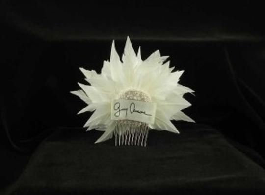 Ivory (Real Feathers ) Fg04 Flower Comb Hair Accessory Image 2