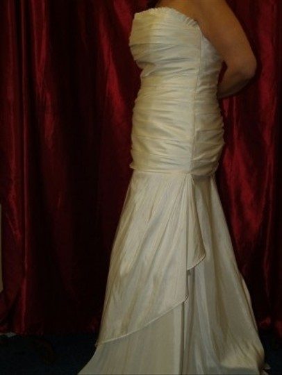 Ivory Taffeta Long Bridal Gown #947 Modern Wedding Dress Size 14 (L)
