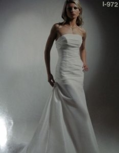 Diamond/Silk White Taffeta Moonlight I-972 Long Mermaid Gown Modern Wedding Dress Size 8 (M)
