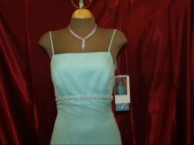 Jordan Fashions Aqua Chiffon Floor Length Color #410 Beach Spaghetti Straps Beaded Formal Bridesmaid/Mob Dress Size 2 (XS) Jordan Fashions Aqua Chiffon Floor Length Color #410 Beach Spaghetti Straps Beaded Formal Bridesmaid/Mob Dress Size 2 (XS) Image 1