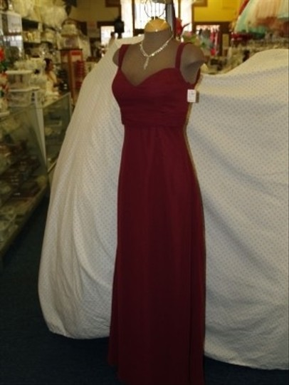 Jordan Fashions Merlot Chiffon #323 Sweetheart Neck Line Thick Straps A Line Floor Length Bridesmaid/Mob Dress Size 4 (S)