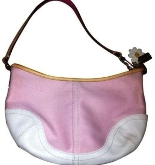 Preload https://item5.tradesy.com/images/coach-hobo-style-pink-and-white-leather-fabric-shoulder-bag-4804-0-0.jpg?width=440&height=440