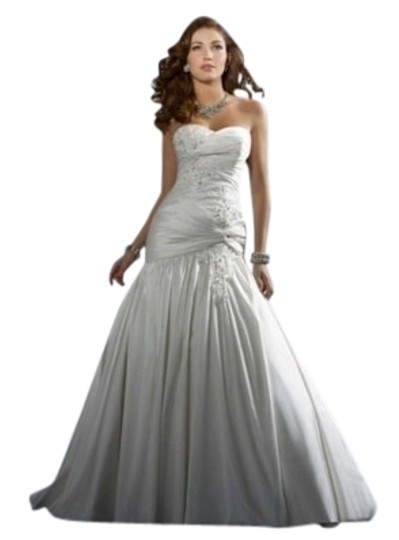 Preload https://item1.tradesy.com/images/alfred-angelo-diamond-white-style-2169-wedding-dress-size-4-s-4805-0-1.jpg?width=440&height=440