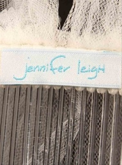 Jennifer Leigh 5034 Diamond White With Silver Pencil Edge Waist Length