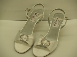 Dyeables White Charming Crystals Rhinestones Buckles Satin Open Toe Sandals Comfortable Formal Size US 5.5