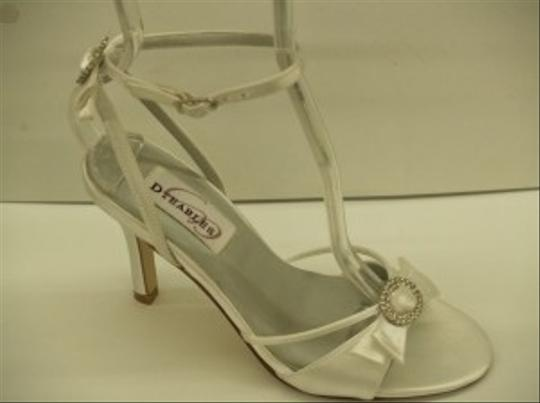 Dyeables White Whisper Heels 3'' New Open Toe Sandals Crystals Beach Summer Formal Size US 5.5 Regular (M, B)