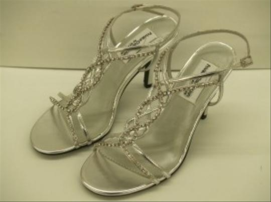 Dyeables Striking Silver Size 6 Silver Crystals Bling Prom Formal Special Occasion Strappy Sandals Sexy Wedding Shoes