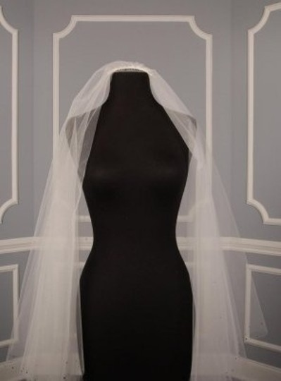 Toni Federici Diamond White Long 90-57 Pristine Chapel Lgth 2 Layer Bridal Veil
