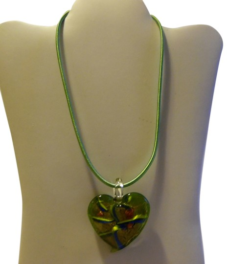 Preload https://item5.tradesy.com/images/green-blown-glass-heart-pendant-with-18-inch-silk-cord-hsn-necklace-4810879-0-0.jpg?width=440&height=440
