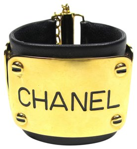 Chanel CHANEL BRACELET - VINTAGE LOGO CC LEATHER ID CUFF BLACK GOLD LOGO CHAIN 29 RARE